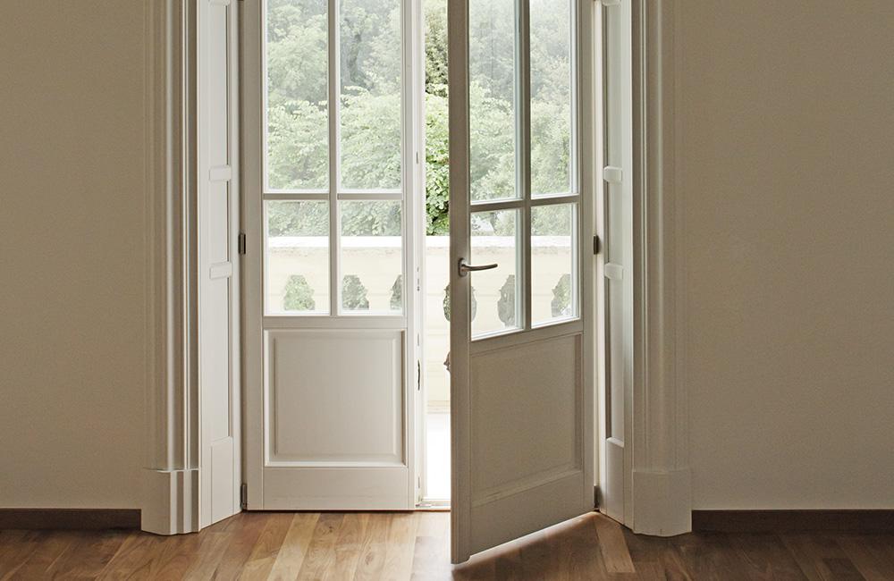 infissi-finestre-2-colacicco-legno-porte-interni-esterni-infissi-legno-alluminio-pvc-parquet-pavimenti-scale-schermature-avvolgibili-matera-basilicata