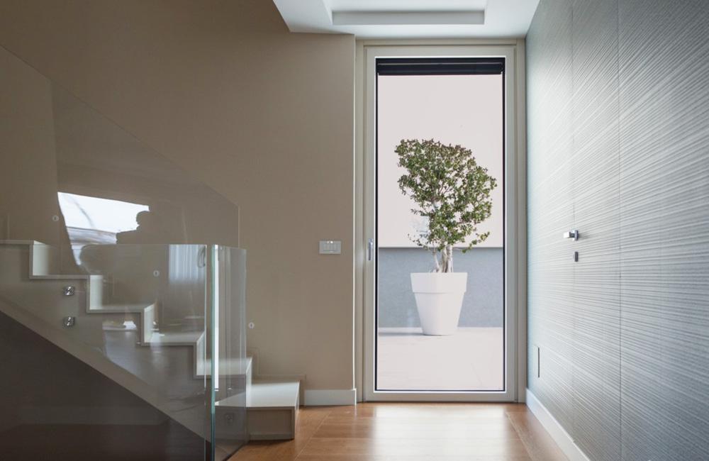 Porte interne pvc effetto legno for Infissi pvc legno