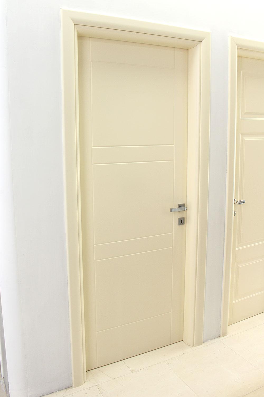 porta-12-colacicco-legno-porte-interni-esterni-infissi-legno-alluminio-pvc-parquet-pavimenti-scale-schermature-avvolgibili-matera-basilicata