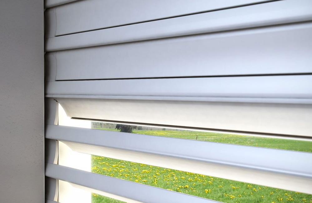 avvolgibili-orientabili-4-colacicco-legno-porte-interni-esterni-infissi-legno-alluminio-pvc-parquet-pavimenti-scale-schermature-avvolgibili-matera-basilicata