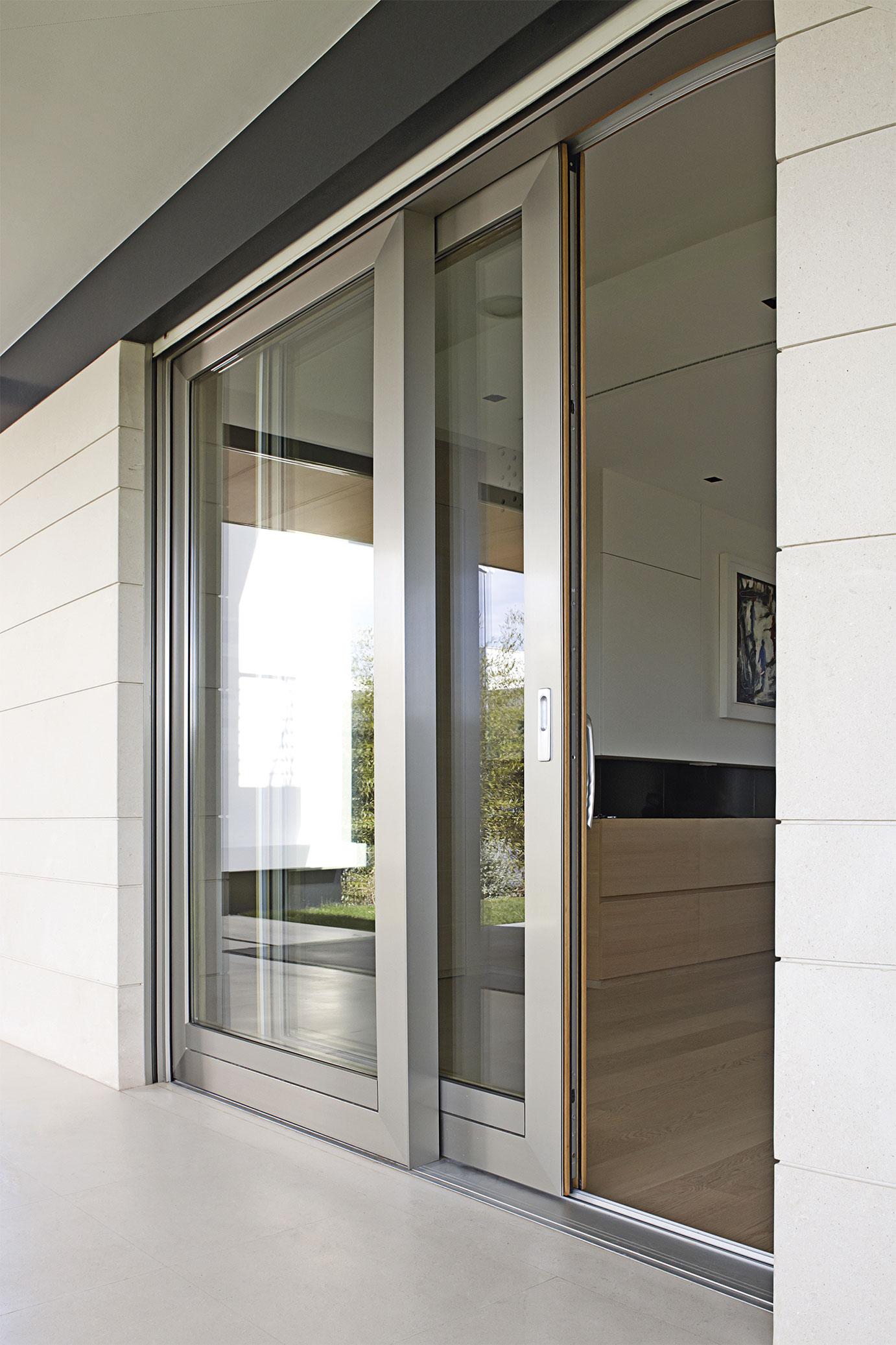 portfolio-10-colacicco-legno-porte-interni-esterni-infissi-legno-alluminio-pvc-parquet-pavimenti-scale-schermature-avvolgibili-matera-basilicata