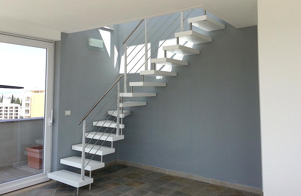 portfolio-17-colacicco-legno-porte-interni-esterni-infissi-legno-alluminio-pvc-parquet-pavimenti-scale-schermature-avvolgibili-matera-basilicata