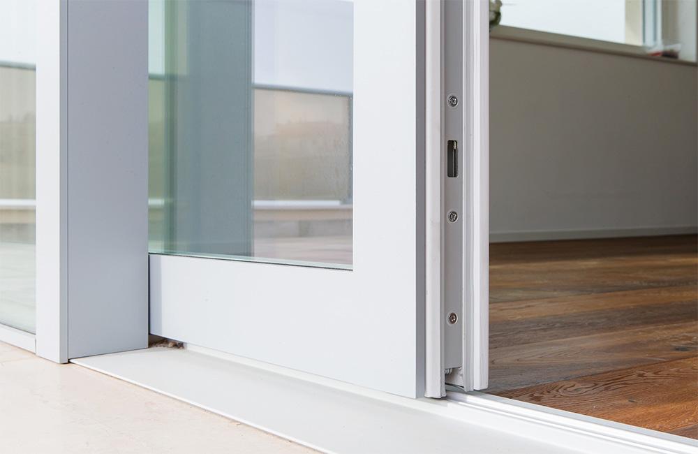 portfolio-5-colacicco-legno-porte-interni-esterni-infissi-legno-alluminio-pvc-parquet-pavimenti-scale-schermature-avvolgibili-matera-basilicata