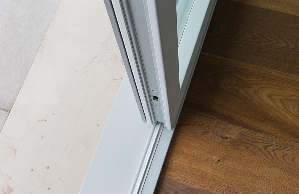 portfolio-6-colacicco-legno-porte-interni-esterni-infissi-legno-alluminio-pvc-parquet-pavimenti-scale-schermature-avvolgibili-matera-basilicata