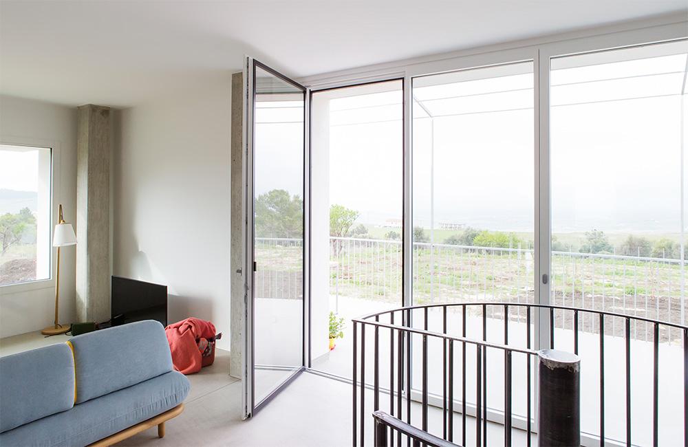 portfolio-7-colacicco-legno-porte-interni-esterni-infissi-legno-alluminio-pvc-parquet-pavimenti-scale-schermature-avvolgibili-matera-basilicata