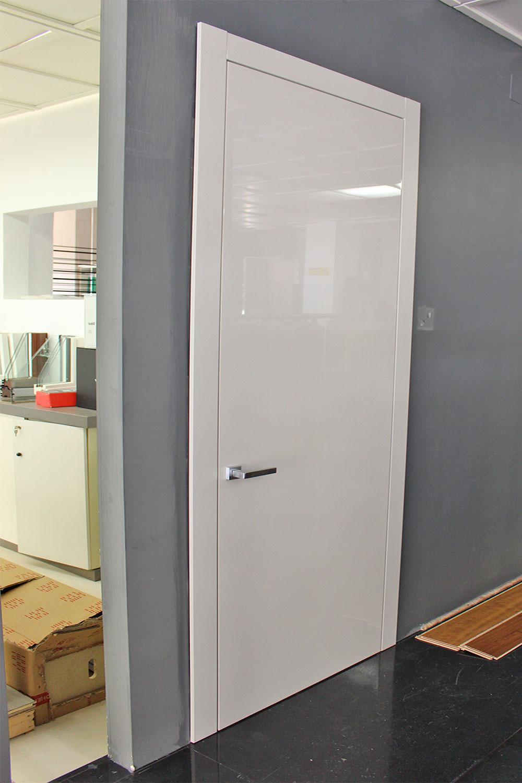 porta-11-colacicco-legno-porte-interni-esterni-infissi-legno-alluminio-pvc-parquet-pavimenti-scale-schermature-avvolgibili-matera-basilicata