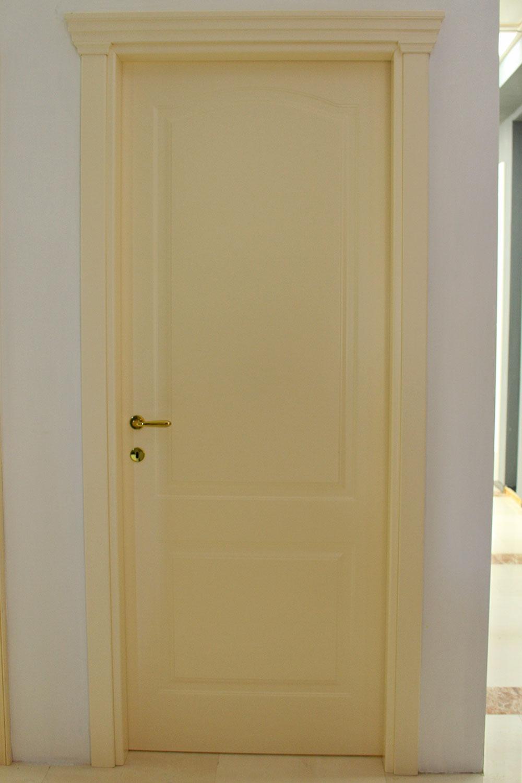 porta-15-colacicco-legno-porte-interni-esterni-infissi-legno-alluminio-pvc-parquet-pavimenti-scale-schermature-avvolgibili-matera-basilicata