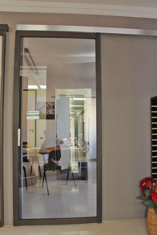 porta-3-colacicco-legno-porte-interni-esterni-infissi-legno-alluminio-pvc-parquet-pavimenti-scale-schermature-avvolgibili-matera-basilicata