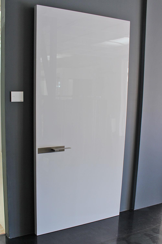 porta-8-colacicco-legno-porte-interni-esterni-infissi-legno-alluminio-pvc-parquet-pavimenti-scale-schermature-avvolgibili-matera-basilicata